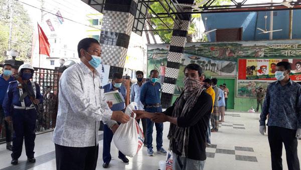 বান্দরবান :: আওয়ামীলীগ সরকারের আমলে কেউ না খেয়ে থাকবে না........পার্বত্য মন্ত্রী বীর বাহাদুর