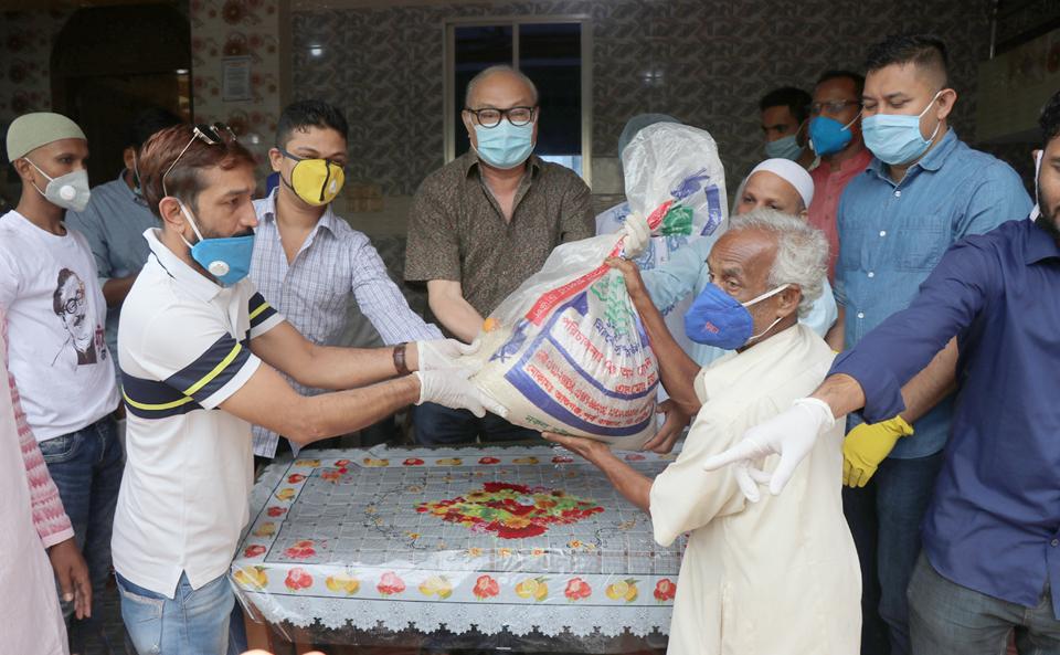 রাঙ্গামাটি :: সবাইকে করোনা প্রতিরোধে কাজ করতে হবে—-দীপংকর তালুকদার এমপি